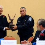 Grandmaster Huang presents National Honor Guard with gift